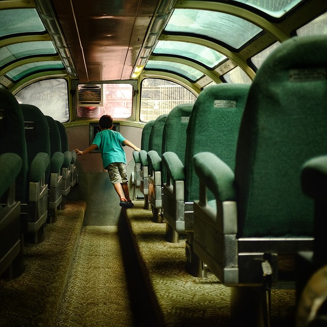 sedačky v autobuse