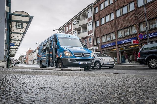minibus tranzit