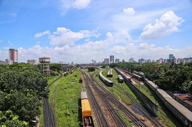 nádraží ve městě